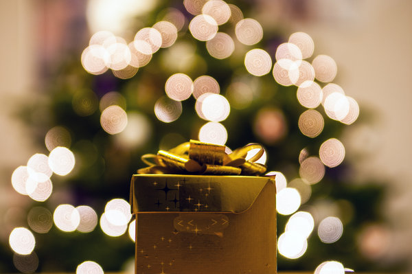 how to stay happy and healthy during the holidays